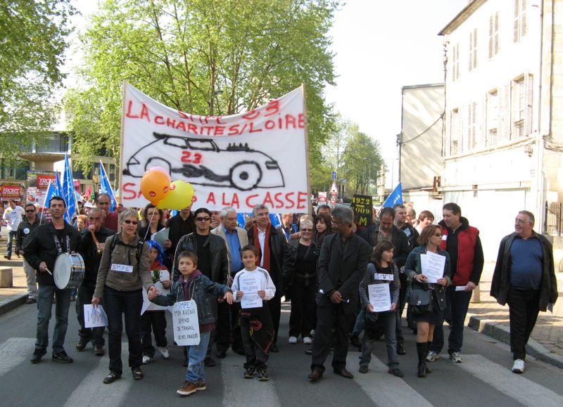 Manif 1er Mai SME La Charité