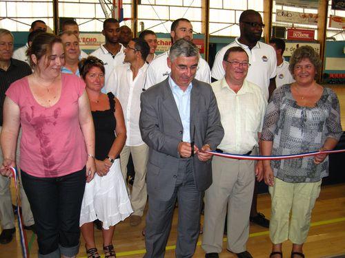 Inauguration des nouvelles tribunes du gymnase de La Charité