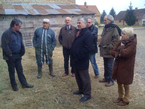 Visite de l'exploitation agricole de MM. Coing à Dornes