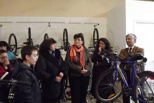 Inauguration de la banque de vélos du collège de La Charité