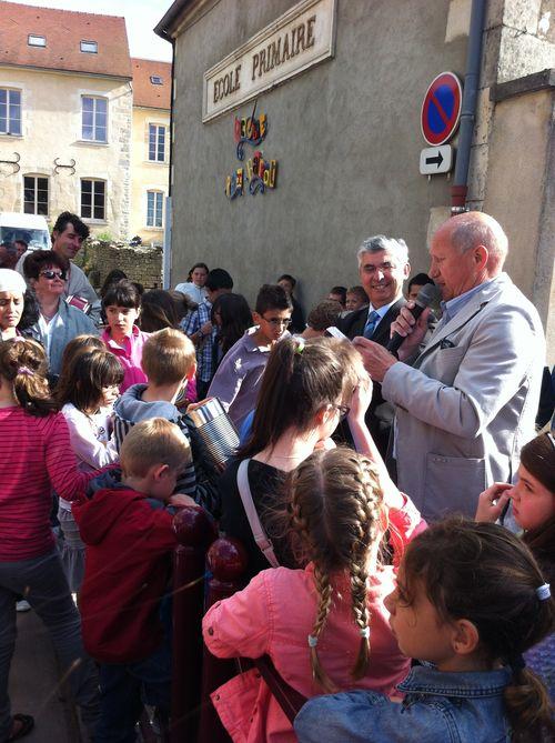 Inauguration de l'école primaire Rex Barrat